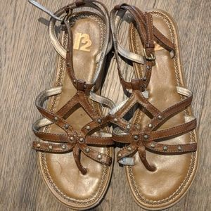 2 for $10 ⭐Size 8 Sandals